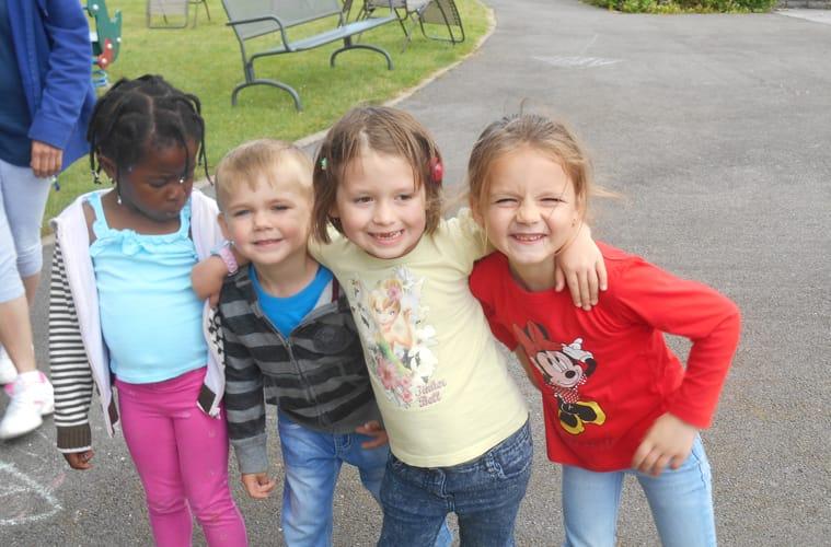 groupe petits enfants